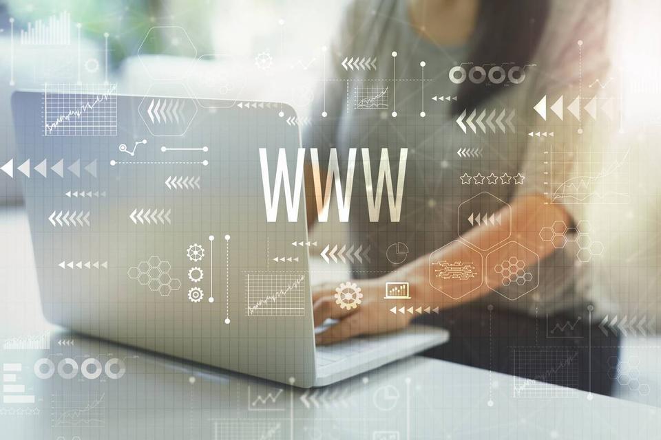 avantages infogérance hébergement web
