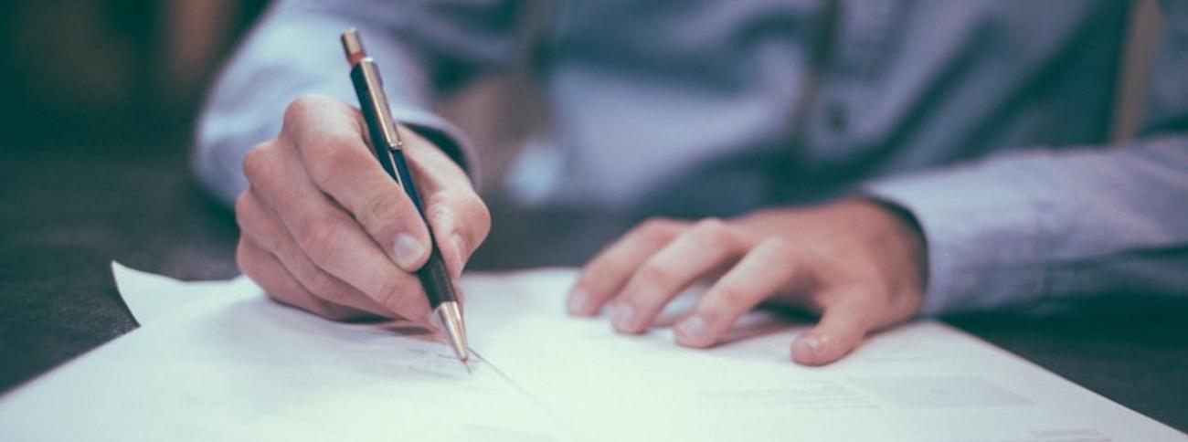 Comment rédiger une lettre pour demander une aide financière ?