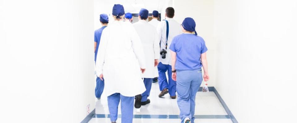 conseils pour sortir avec un étudiant en médecine ampli et Sub Hook up